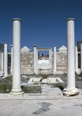 View through the entrance of the synagogue forecourt, looking west. Photo: © Archaeological Exploration of Sardis/Harvard University.