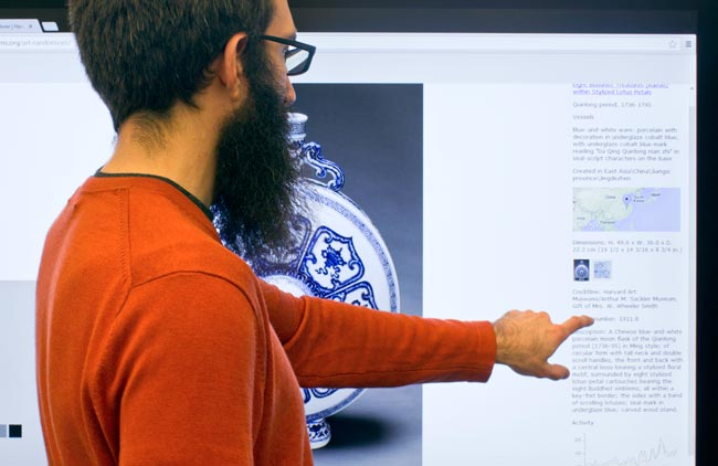 DIET director Jeff Steward experiments with the Harvard Art Museums' application programming interface (API) to gain new insights into the objects in our collections.