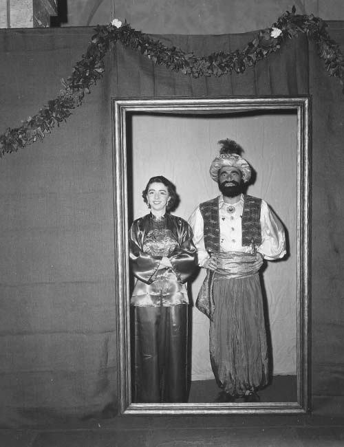 Masquerade ball, 1960. Photos: Courtesy Harvard Art Museums Archives.