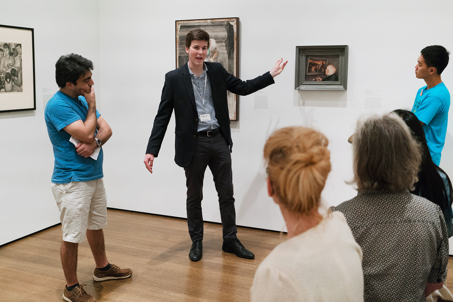 Student guide Richard Dunn talks about Mervin Jules's  The Art Lover (1937) in the social realism gallery.
