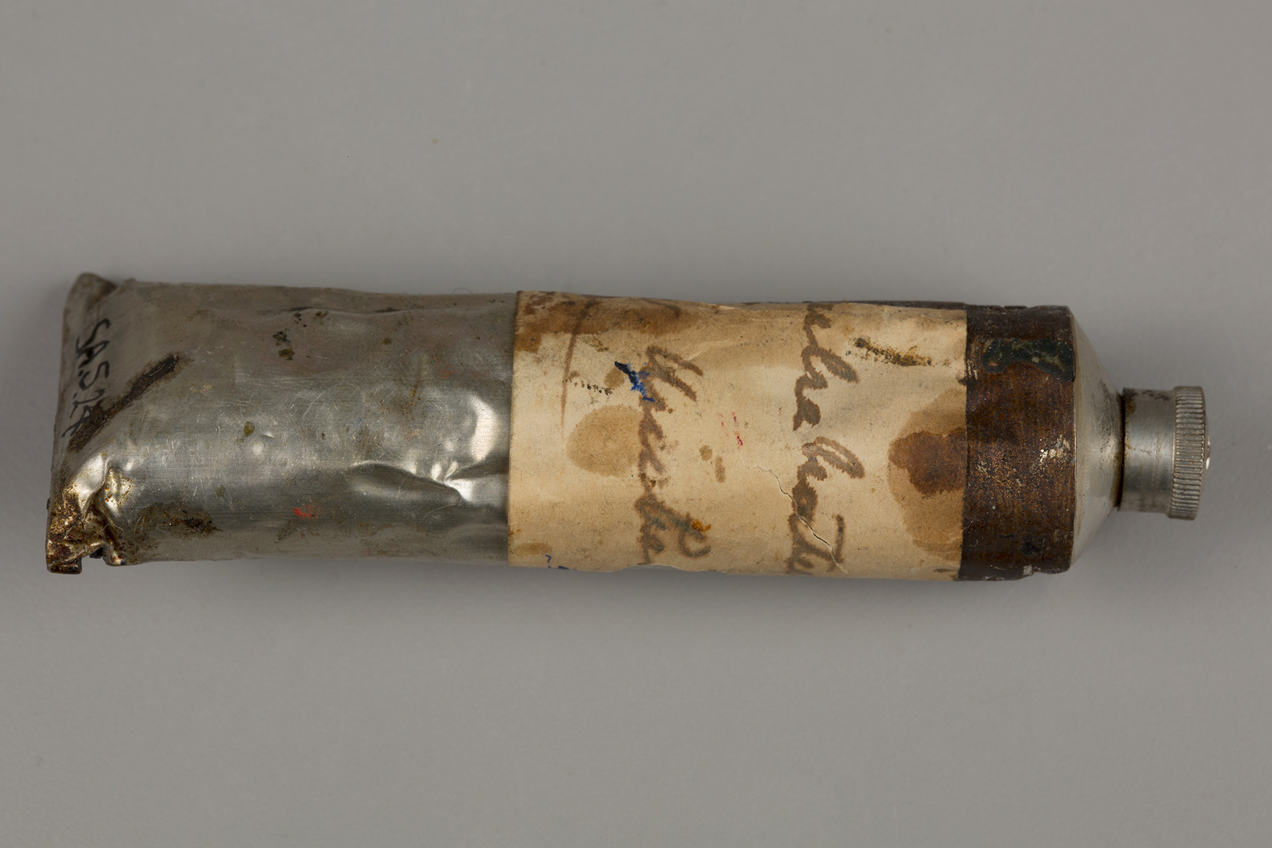 Some of Sargent's paint tubes were labeled by hand.