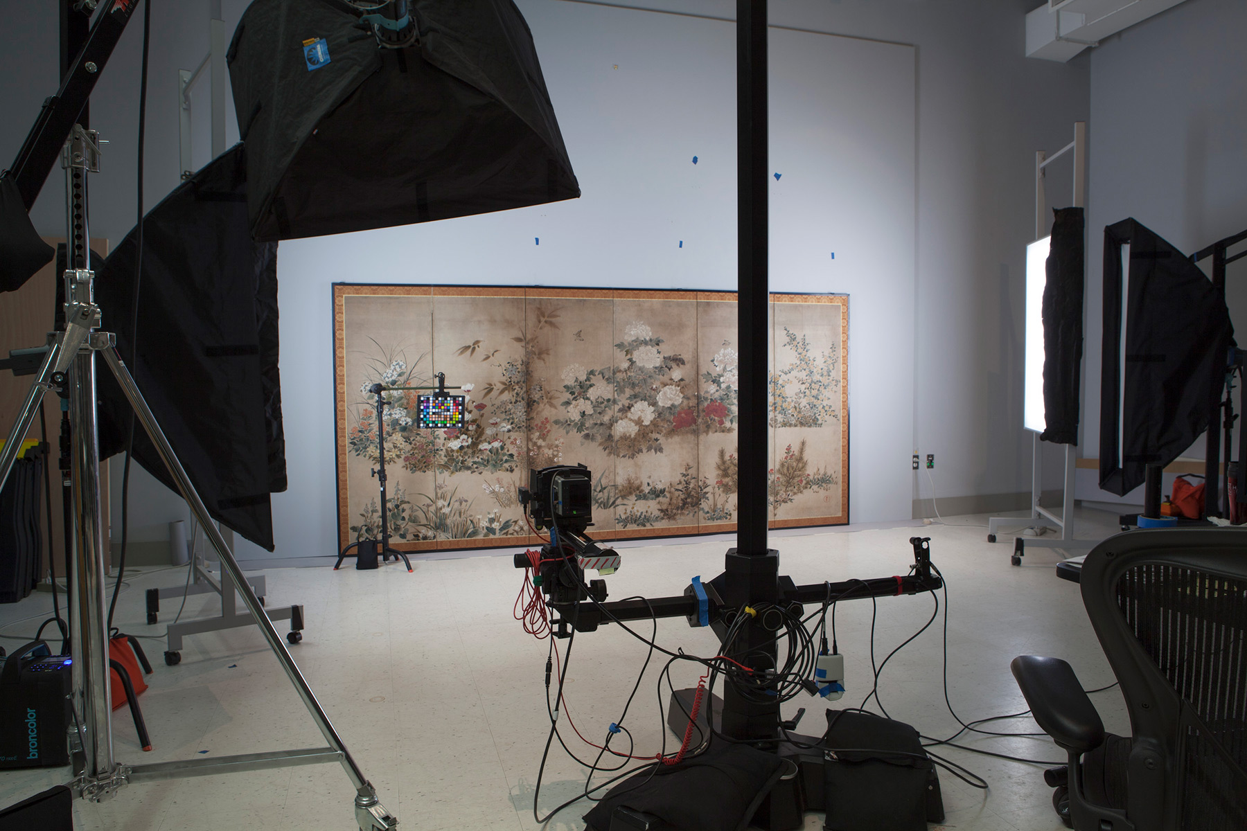 The photo studio at the Harvard Art Museums' Somerville Research Facility.
