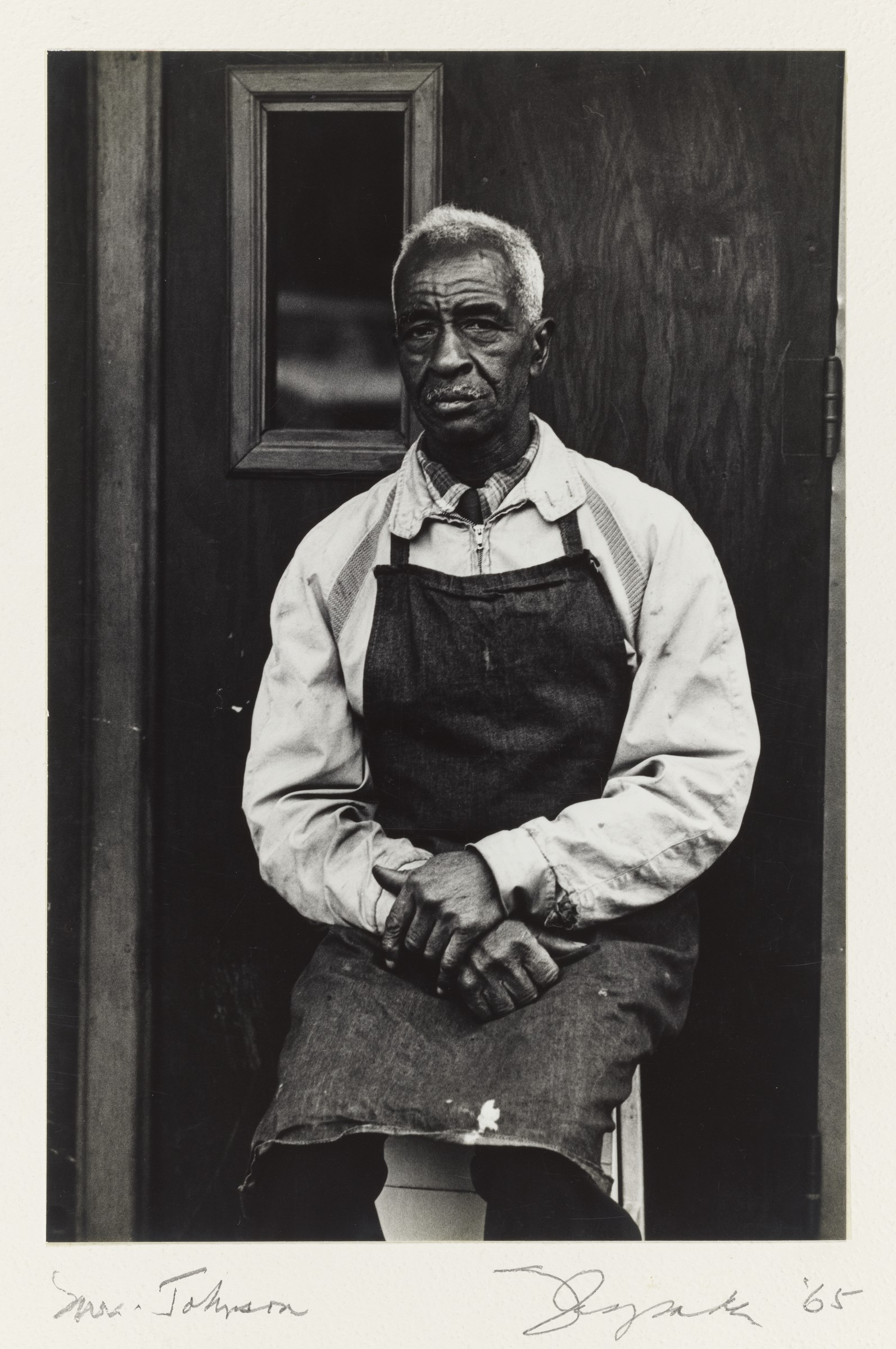 Frank Espada, Mr. Johnson, seated; Blake Avenue, New York, 1965. Gelatin silver print. Harvard Art Museums/Fogg Museum, Richard and Ronay Menschel Fund for the Acquisition of Photographs, 2018.102.