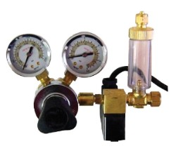 MA957 CO2 Regulator