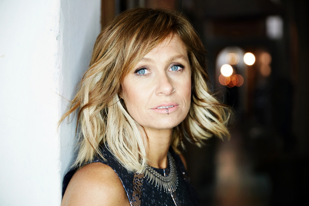 Kasey Chambers to play the Bluebird