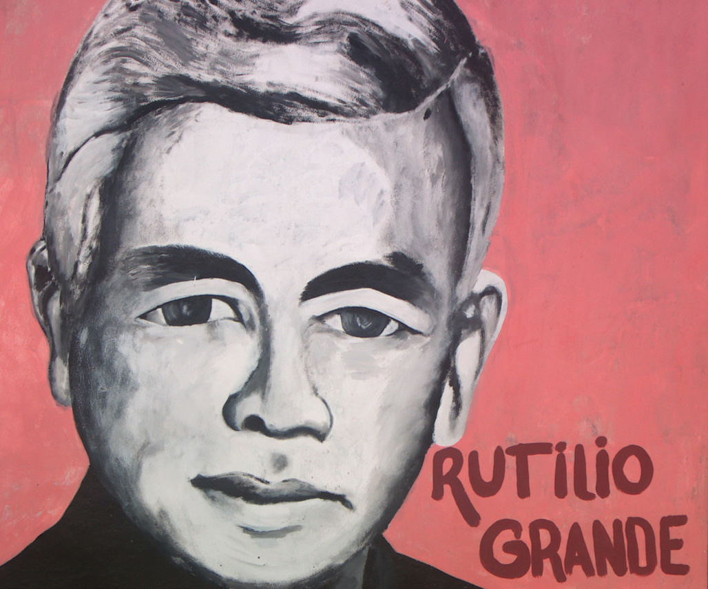 Grande on oscar romero to soldiers
