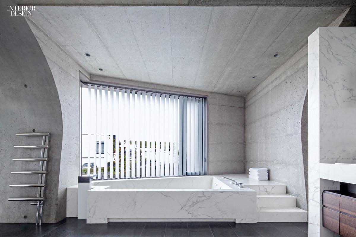 25 simply amazing concrete interiors for Amazing interior house designs