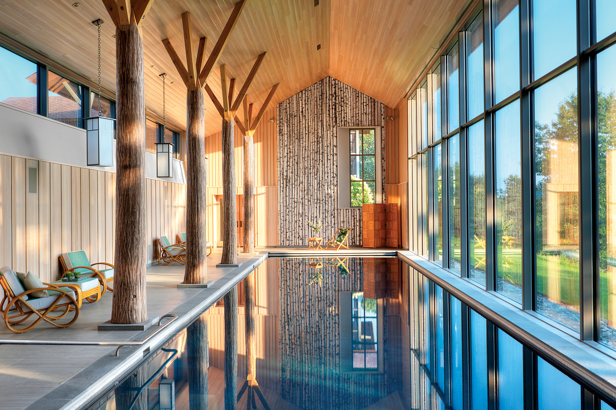 A secret pool house by barliswedlick architects for Pool house interior