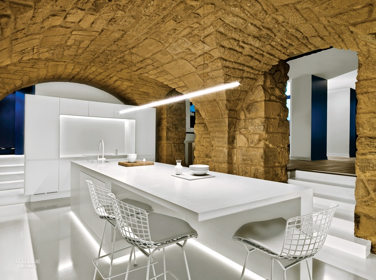 8 Simply Amazing Kitchens