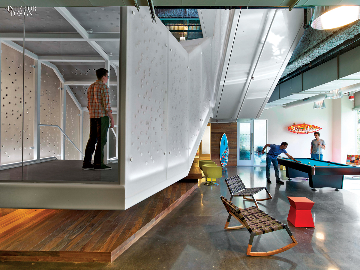 2014 boy winner large tech office for Tech office design