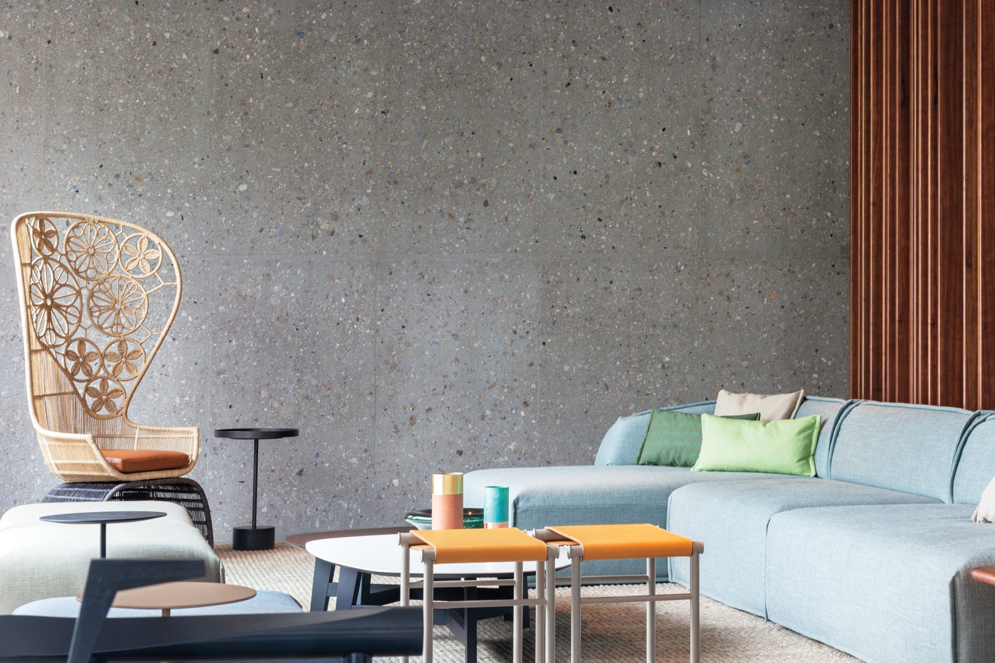 Patricia urquiola designs idyllic lake como hotel il sereno for Design hotel como