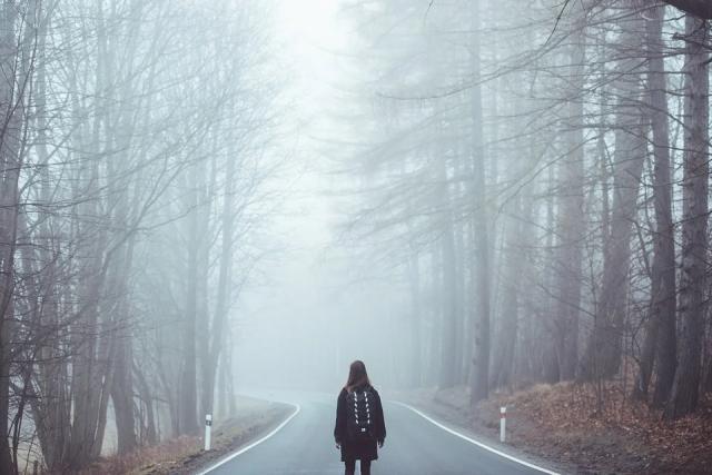 fog-misty-road-way-mystery-unknown-1208283_960_720