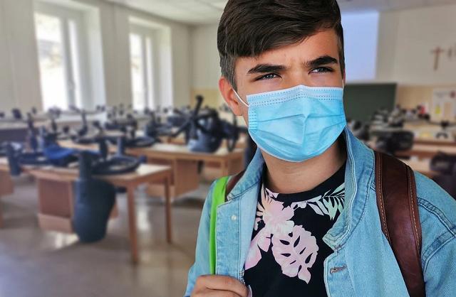student-Classroom School Coronavirus Face Mask pixabay 5560977_960_720
