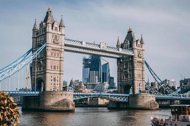 London England Tower Bridge Unsplash