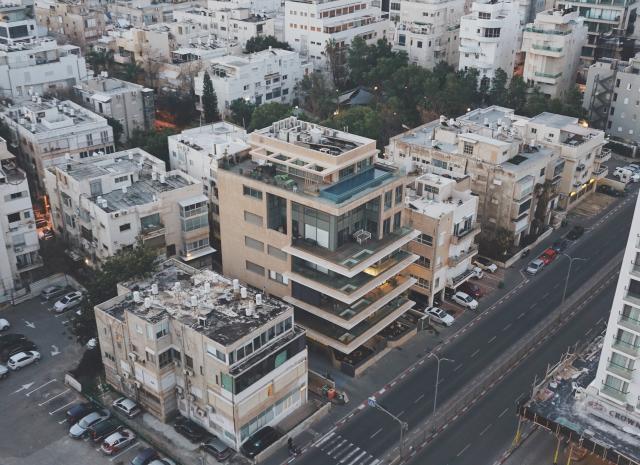 Tel Aviv Israel photo Vera Gorbunova Unsplash