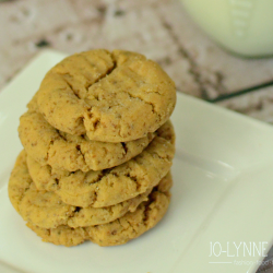 Flourless (and Gluten-Free) Peanut Butter Cookies