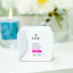 Simplify Your Summer Vacation Packing with Olay Daily Facials