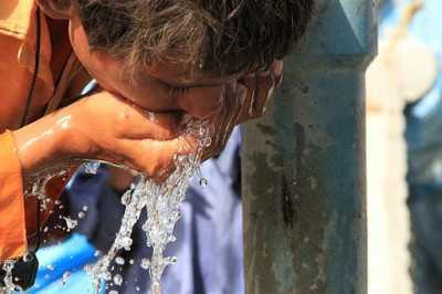 512px-Providing_clean_water_to_millions_of_people