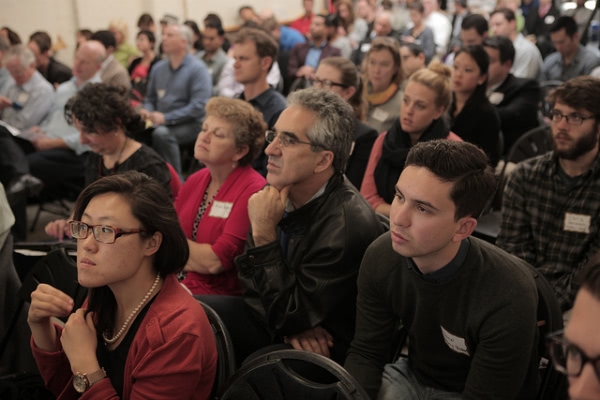demo day crowd