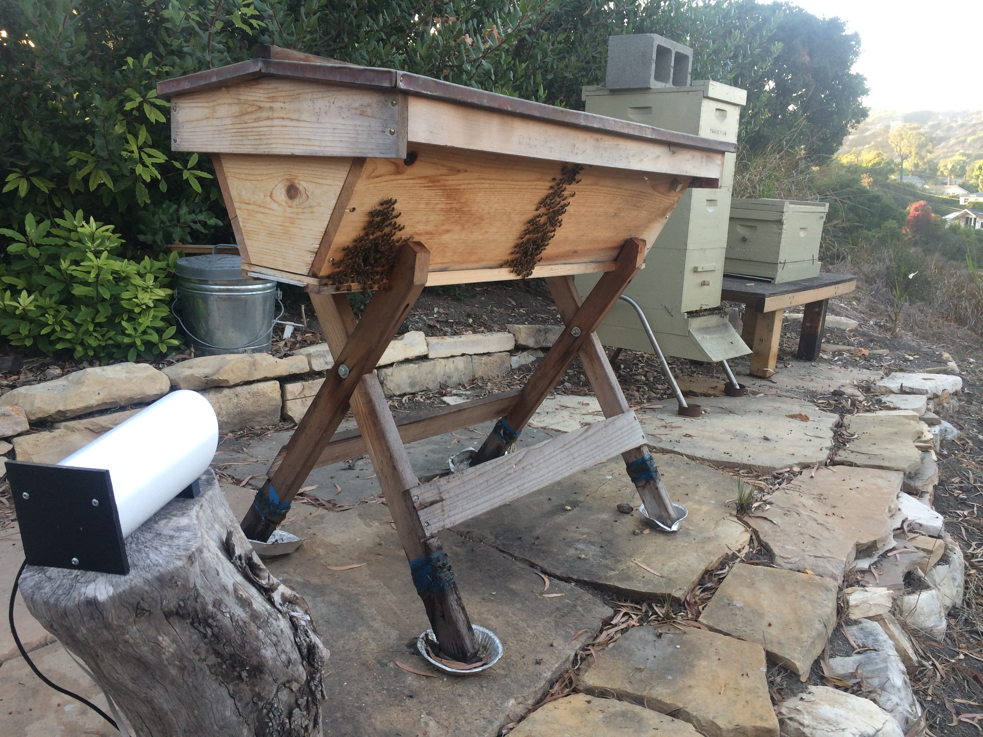 Works on all types of hives, and doesn't interfere with the bees!