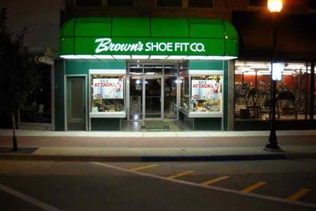 Brown's Shoe Fit Washington