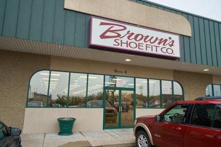 Brown's Shoe Fit Kearney