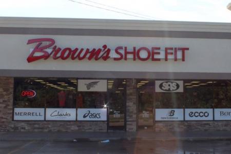 Brown's Shoe Fit Stillwater