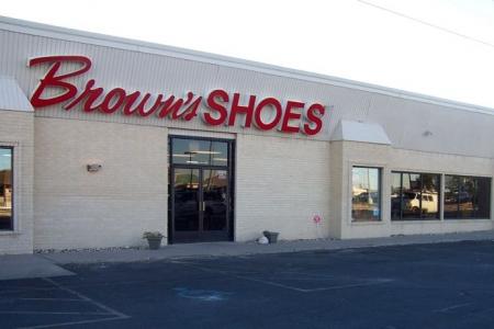 Brown's Shoe Fit Hobbs