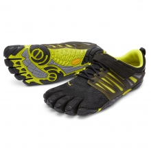 Men's V-Train by Vibram in Coralville Ia