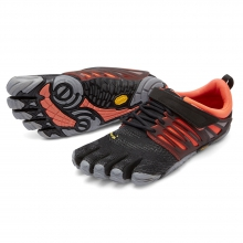 Women's V-Train by Vibram in Coralville Ia