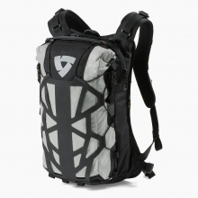 Backpack Barren 18L H2O by REV'IT! in Squamish BC