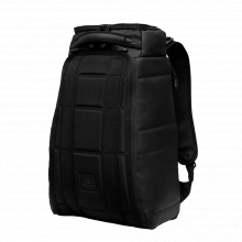 The Hugger 20L - Black Out