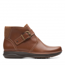 Women's Appley Mid by Clarks in Squamish BC