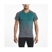 Men's Seamless V-Neck Short Sleeve by Saucony in New York Ny