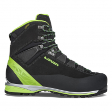 Men's Alpine Pro Le GTX by LOWA Boots in Squamish BC