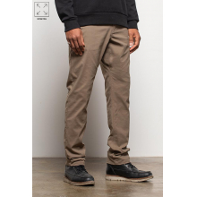 Men's Everywhere Pant - Slim Fit by 686 in Cranbrook BC