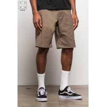 Men's Everywhere Hybrid Short - Relaxed Fit by 686