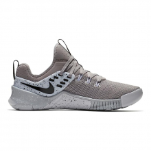 Men's Free x Metcon by Nike