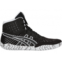 Men's Aggressor 4 by ASICS in Truckee Ca