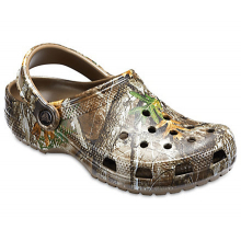 Classic Realtree Edge Clog by Crocs