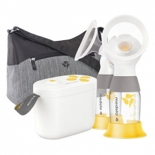 Pump In Style with MaxFlow Breast Pump by Medela