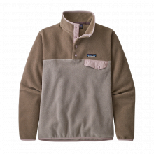 Women's LW Synch Snap-T P/O by Patagonia in Squamish BC