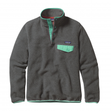Women's LW Synch Snap-T P/O by Patagonia in Trumbull Ct