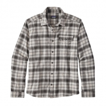 Men's L/S LW Fjord Flannel Shirt by Patagonia in Ann Arbor Mi