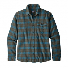 Men's LW Fjord Flannel Shirt by Patagonia in Squamish Bc
