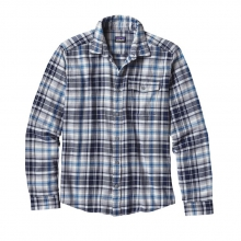 Men's L/S Lightweight Fjord Flannel Shirt by Patagonia in Manhattan Ks