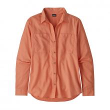 Women's Lightweight A/C Buttondown by Patagonia in Sioux Falls SD