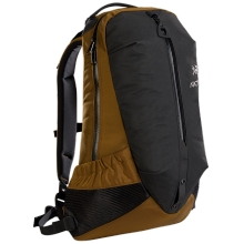 Arro 22 Backpack by Arc'teryx in Squamish Bc