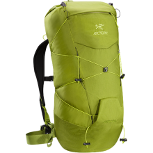 Cierzo 28 Backpack by Arc'teryx