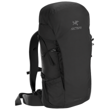 Brize 32 Backpack by Arc'teryx in Whistler Bc